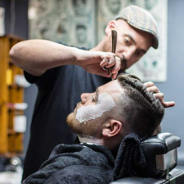 adrian-the-barber-room
